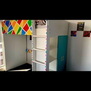 Amazing bunk bed for kids/teens